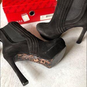 Guess Black Suede platform heels. 8M
